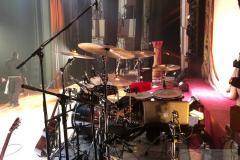 Queenmania-Rhapsody-backstage_4